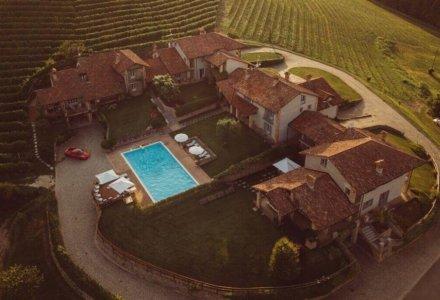 Making Wedding Memories at Monvigliero Vineyard Villas