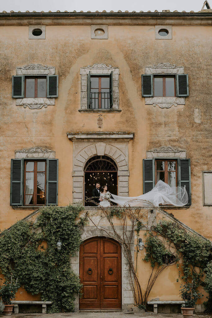 Bride dancing in Tuscany
